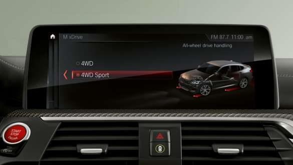 BMW X4 M Display