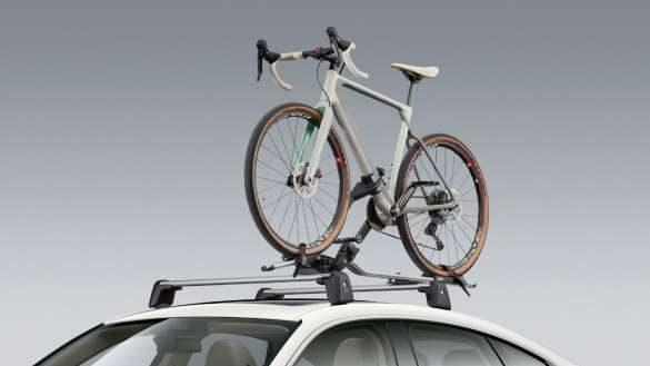 BMW Fahrraddachträger BMW i4 M50 G26 2021